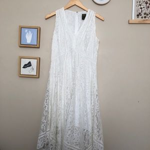 Size 6 sleeveless white dress